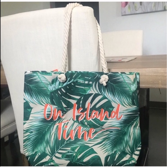 Ulta Beauty Handbags - ISLAND TIME LEAF TOTE